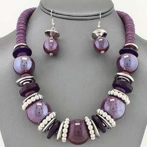 Jewelry - Purple Chunky Pearl Necklace Set